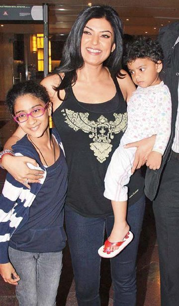 Sushmita with her kids