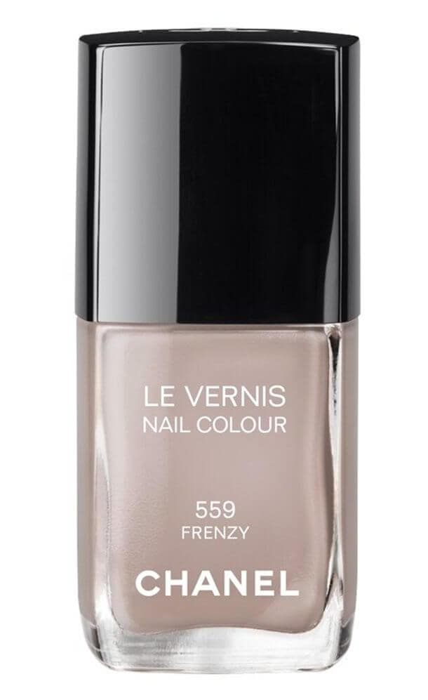 Chanel, makeup, beauty, Fall, 2012, Les Essentials de Chanel, cosmetics, blush, nail polish, vertigo, lipstick, lip gloss, rouge allure, rouge coco, highlighter, illuminating powder, Lumiere d'Artifices, beige, eye shadow, palette, eye liner