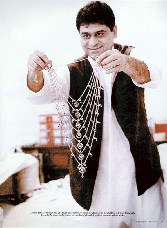 Munnu showcases a seven-strand necklace in W