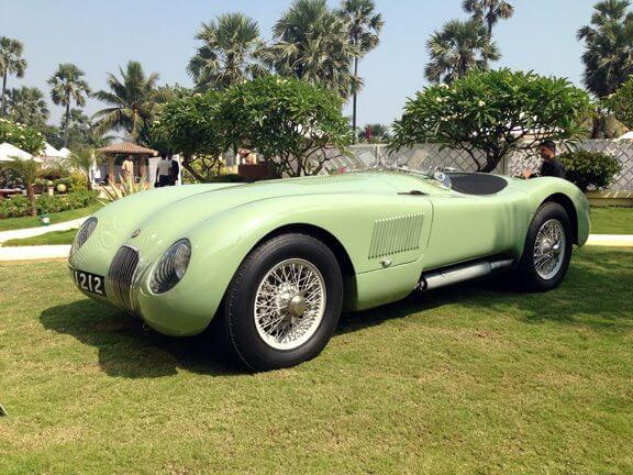 Jaguar C-Type: Looks like a beast. From a fairytale.