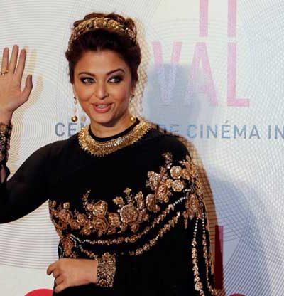 Cannes 2013: Aishwarya Rai, go home! Sabyasachi, go home!