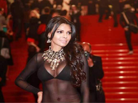 Cannes 2013: Sherlyn Chopra makes up for Bollywood's cover-up act