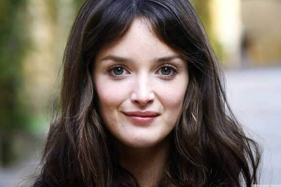 Charlotte Le Bon in The Hundred Foot Journey