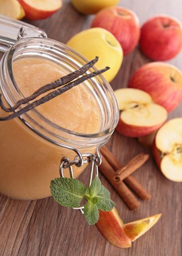 Beauty DIY: An apple a day keeps the skin (and hair) problems away!
