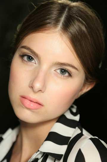Image: Alice & Olivia NYFW SS15 / Makeup: Stila