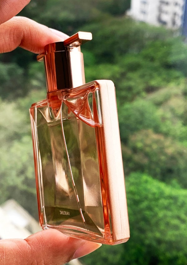 lancome, lancome idole, perfume, lancome idole review, fragrance, thinnest perfume bottle, perfume bottle, perfume bottle design