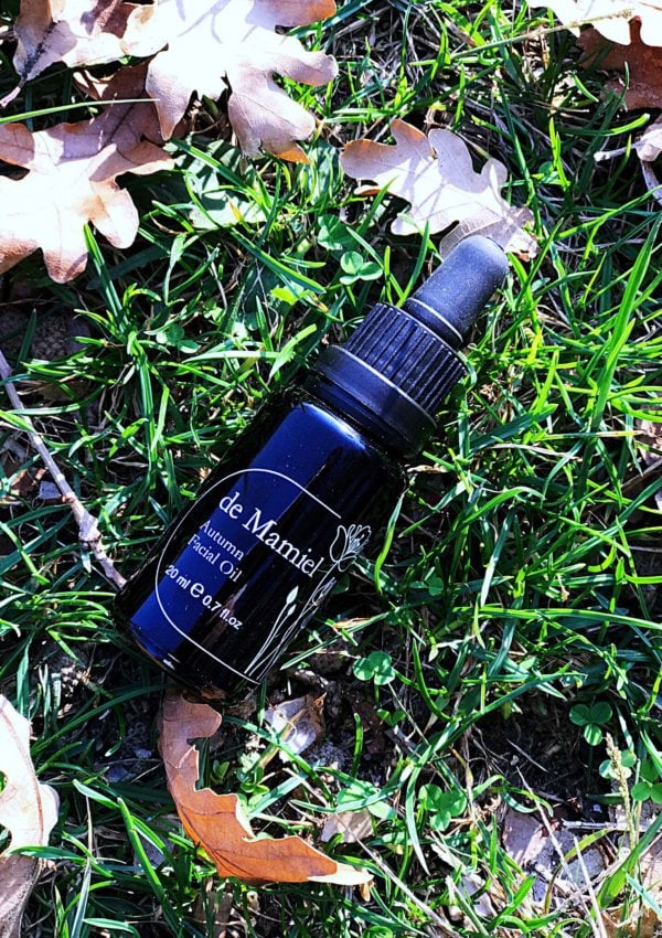 The Beauty Gypsy Review: de Mamiel's Autumn Facial Oil